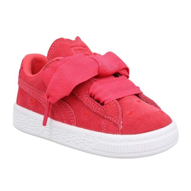 hot sale online a36d9 4e325 Puma - Suede Heart Valentine velours Enfant-24-Rose - pas cher Achat   Vente  Baskets enfant - RueDuCommerce