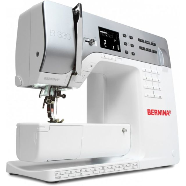 Bernina Machine à coudre 330