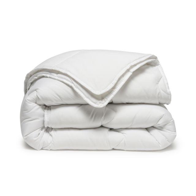 tex home couette 4 saisons en microfibre pas cher achat vente couettes rueducommerce. Black Bedroom Furniture Sets. Home Design Ideas