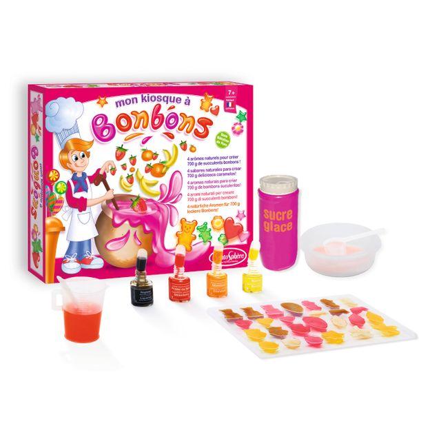 SENTOSPHERE Mon kiosque à bonbons - 270 À base de gélatine et d'arômes naturels, sans conservateur, ce mini-laboratoire permet aux enfants de réaliser 700 g de délicieux bonbons. Avec leurs formes multiples et leurs