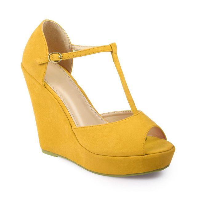 e8ca8741f1a81 Lamodeuse - Sandales compensées jaunes avec brides aspect daim - pas ...