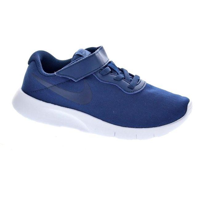 b2466ed48ae43 Nike - Chaussures Nike Garçon Baskets modele Tanjun. Pointure pour enfant    Pointure pour enfant. 22  23 1 2 ...