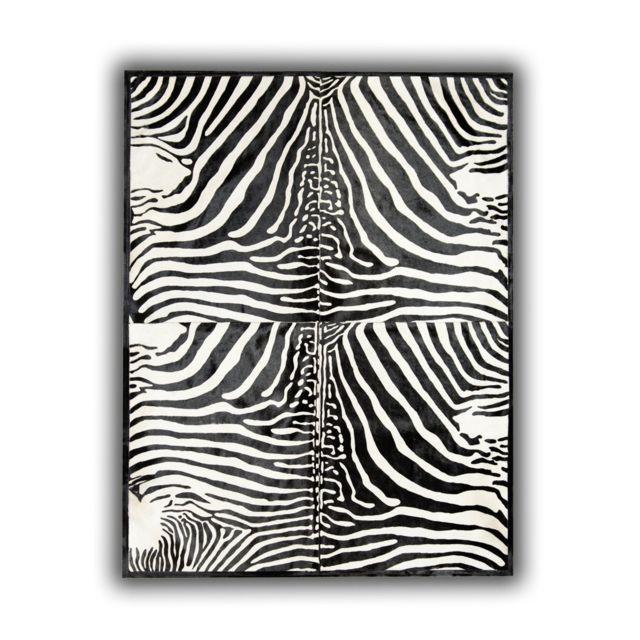 allotapis tapis avec impression z br sur peau de vache noir et blanc lugo z bre pas cher. Black Bedroom Furniture Sets. Home Design Ideas
