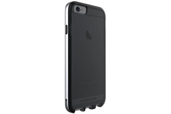 coque iphone xr tech21 cuir