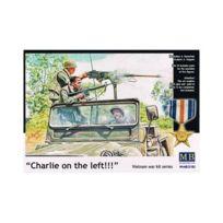 Master Box - Masterbox 35105 Charlie On The Left 1:35 Plastic Kit