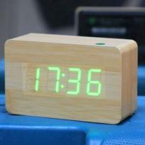 b193834e4 Wewoo - Réveil digitale vert Numéro Usb   batterie horloge en bois avec  commande vocale alternativement