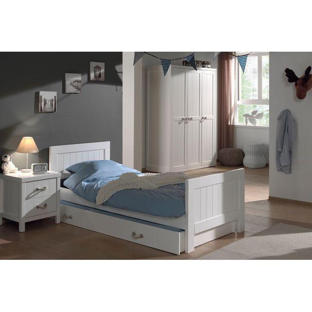 Ensemble meubles de chambre armoire penderie commode et chevet noir marron 88bn vendu par for Ensemble armoire commode chambre
