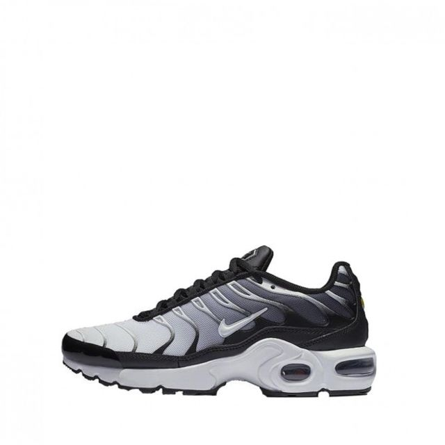 basket nike enfant air max plus