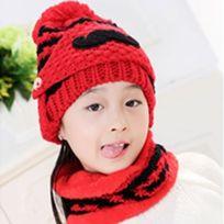 5ee49bb77e6 Wewoo - Bonnet rouge Hiver Barbe Motif Masque Visage Protection + Écharpe +  Bonnets
