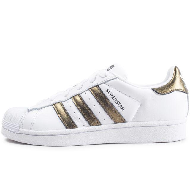 bbe4853e1bb Adidas - Superstar W Blanche Et Or Femme - pas cher Achat   Vente ...