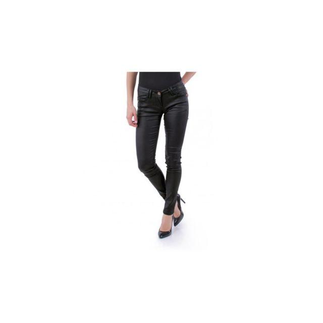 size 40 604e7 84e77 pantalon-noir-effet-cire-5-poches-et-strass.jpg