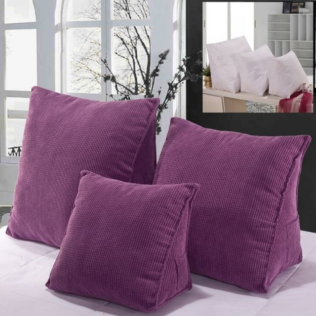 Coussin Violet tridimensionnel triangulaire