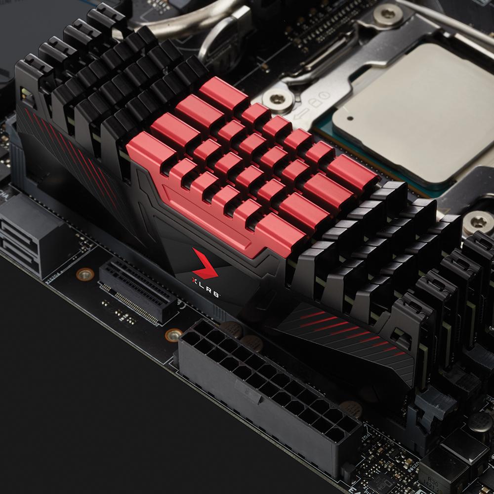 DDR4 3200 MHz - Noir/Rouge