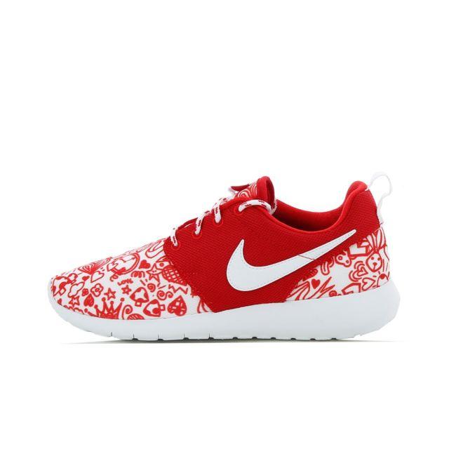 best cheap 2c71e 0db84 Nike - Basket Roshe Run Print GS 677784-605 - pas cher Achat   Vente Baskets  enfant - RueDuCommerce