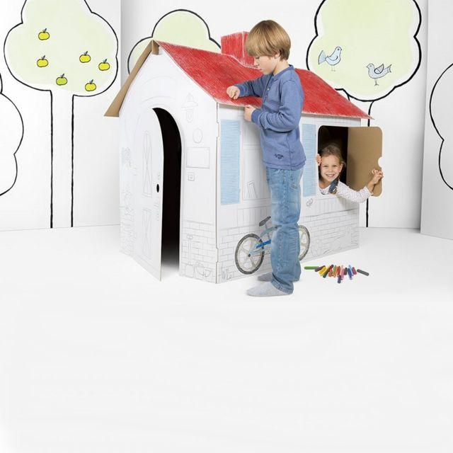 marque generique grande maison en carton a construire. Black Bedroom Furniture Sets. Home Design Ideas