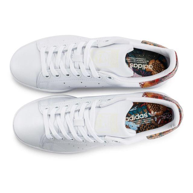 Adidas originals Stan Smith The Farm W Bali Blanche pas