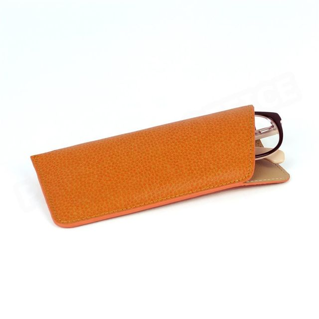 ead7d9a2200dca Volumica - Etui lunettes souple cuir Orange Beaubourg - pas cher ...
