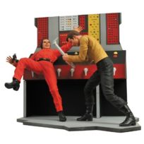 Diamond Select - Star Trek Select Figurine Captain Kirk 18 Cm