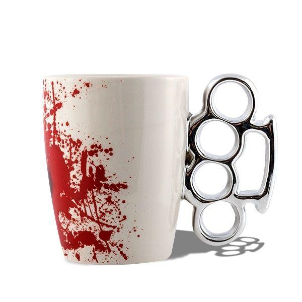 Totalcadeau Tasse anse poing américain mug avec tache sang