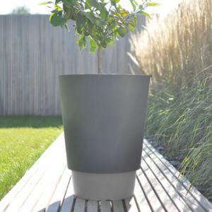 Signee pot de fleur pied terre 50l couleur gris for Pot exterieur gris