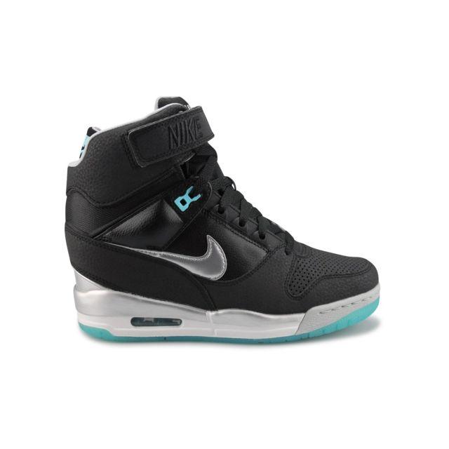 Nike Baskets Wmns Air Revolution Sky Hi Noir pas cher