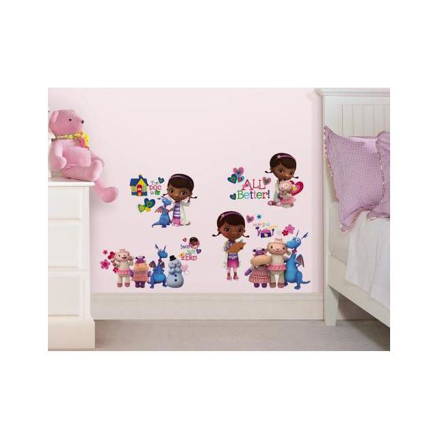 mon beau tapis stickers disney docteur mcstuffins roommates repositionnables 27 stickers pas. Black Bedroom Furniture Sets. Home Design Ideas