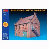 Mini Art - Maquette Maison avec garage
