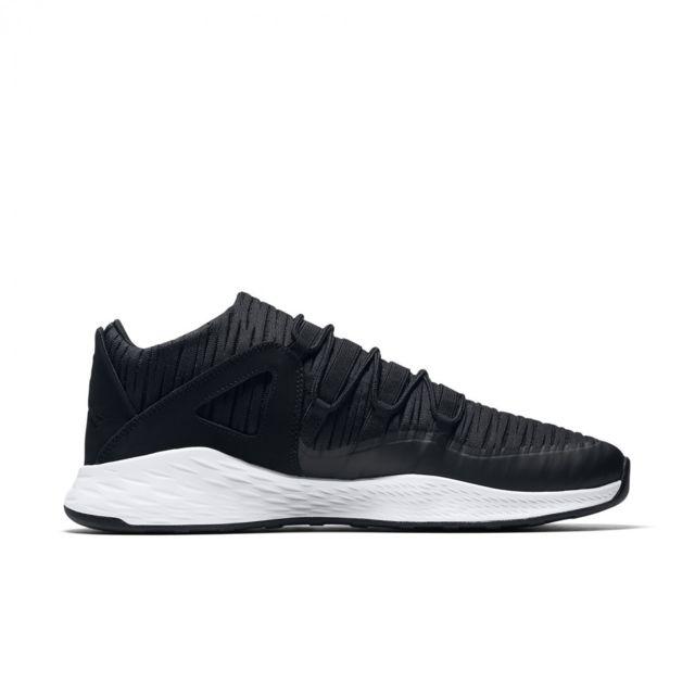 Jordan - Basket Nike Formula 23 Low - 919724-011 Noir - 40