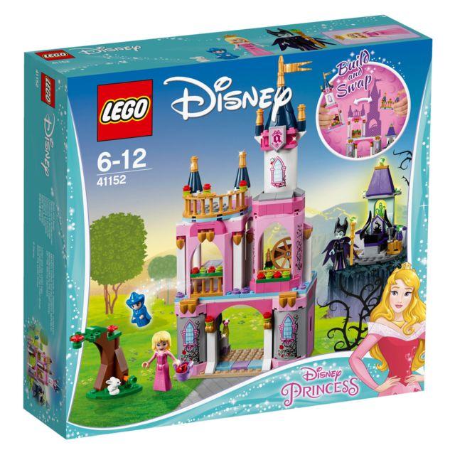 Lego Disney Princess™ - Le Château de la Belle au bois dormant - 41152 Recrée tes scènes préférées de la Belle au bois dormant de Disney en l'aidant à faire tourner le fuseau. Mais attention, Maléfique se t