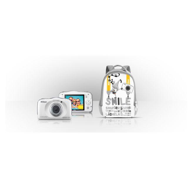 NIKON APN Compact Coolpix W100 Blanc + Sac à dos VQA010K001