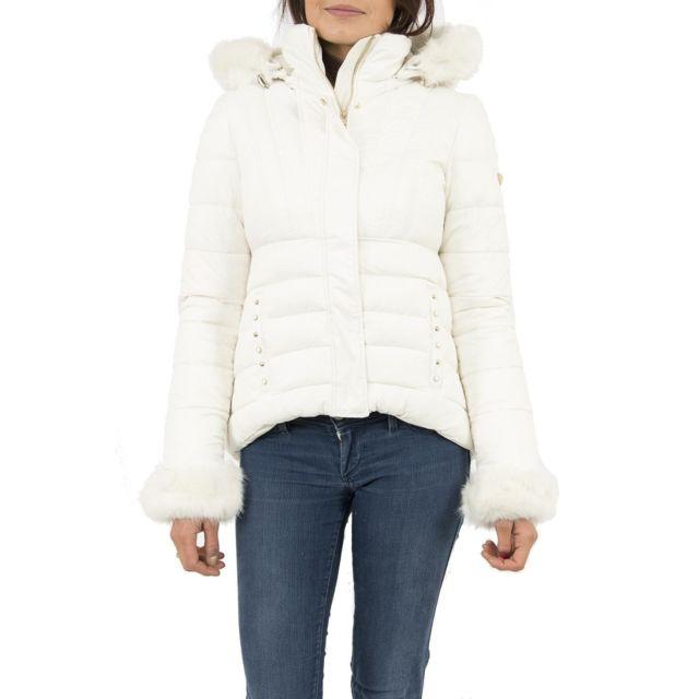 Pas Achat Jeans Cher Blanc Doudounes Xs Guess Doris W74l65 TYggqf