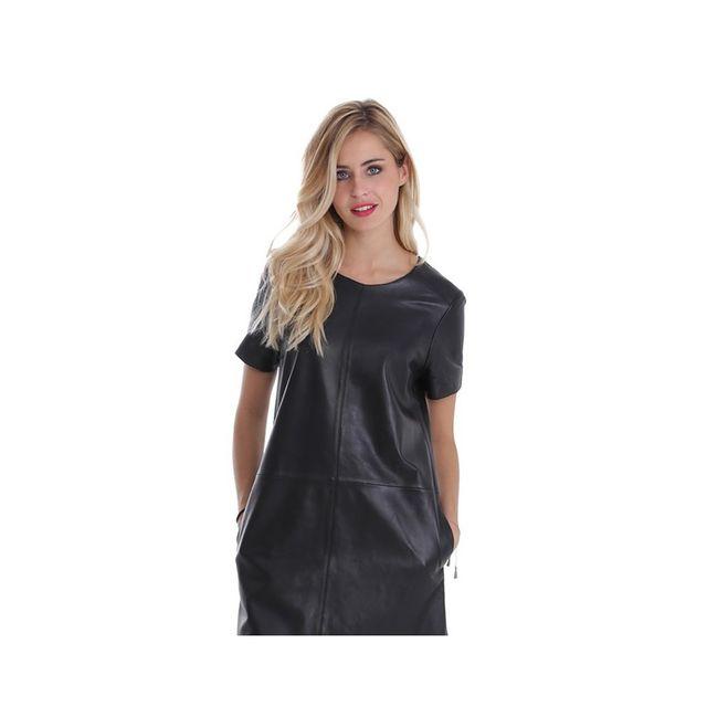 Robe en cuir noir pour femme