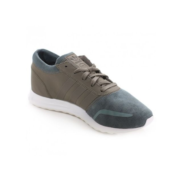 cheap for discount 8a06d 2b88c ... Adidas originals - Chaussures Los Angeles Marron Homme Adidas ...