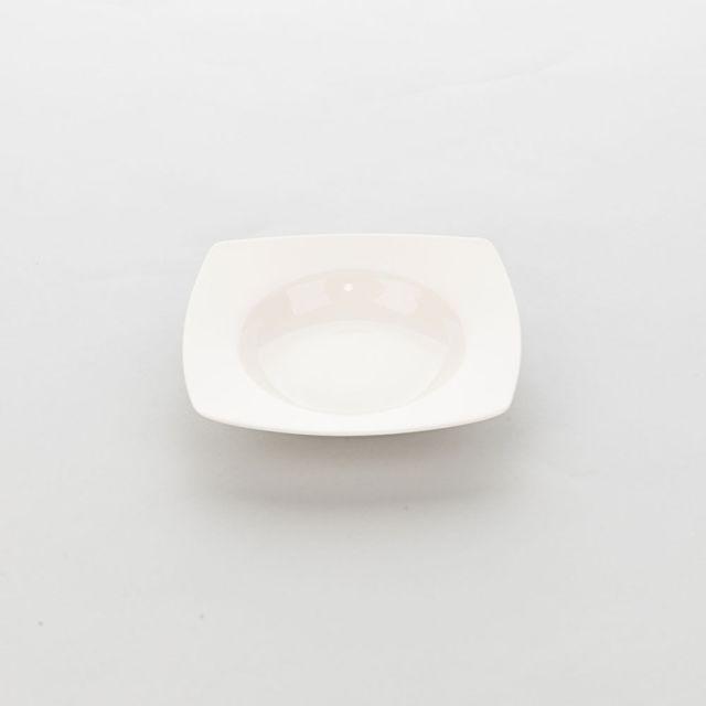 Materiel Chr Pro Assiette Creuse Carrée en Porcelaine Ecru Liguria 210 x 210 mm - Lot de 6 - Stalgast - Porcelaine
