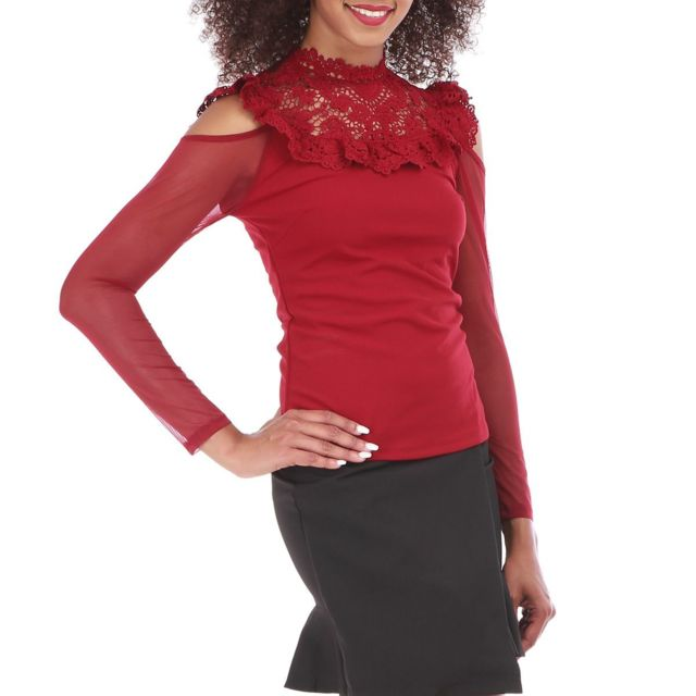 21c072bb31e3 Lamodeuse - Blouse bordeaux épaules dénudées et crochet Rouge - pas cher  Achat   Vente Tuniques - RueDuCommerce