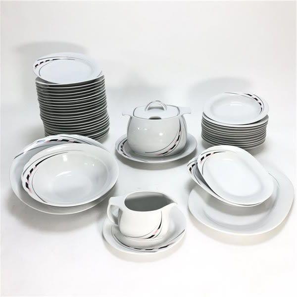 g 233 n 233 rique service de table vaisselle en porcelaine de bavi 232 re pour 12 personnes 44 pi 232 ces
