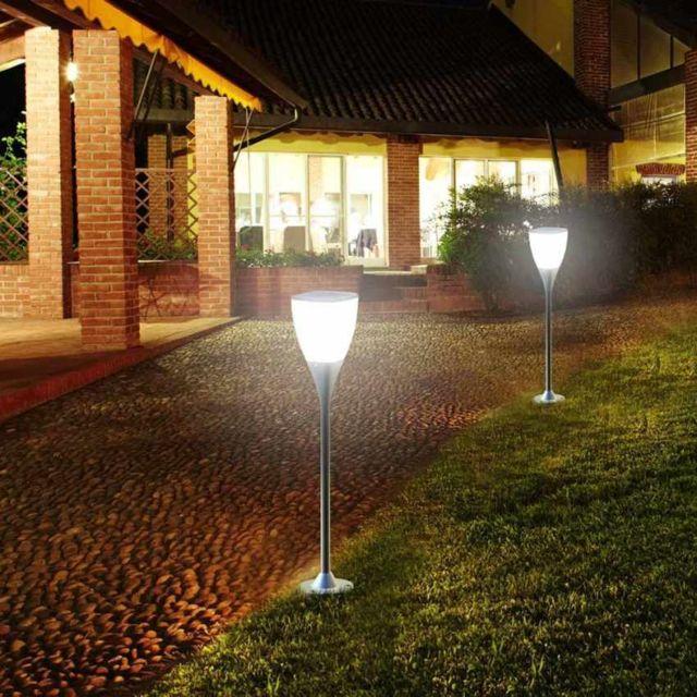 eclairage jardin led solaire Supernova - Réverbère lampe solaire jardin Led extér
