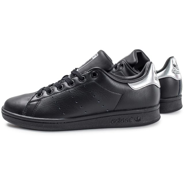 adidas femme noire stan smith
