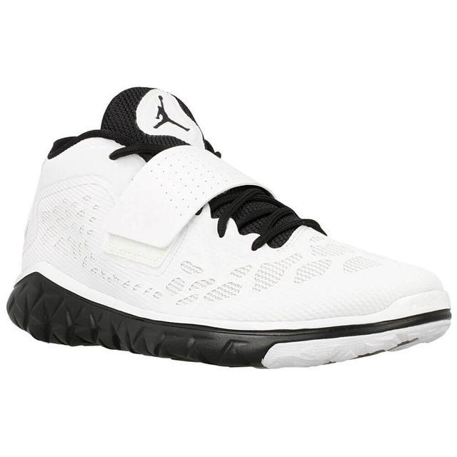half off 6e863 7e850 Nike - Jordan Flight Flex Trainer 2 - pas cher Achat   Vente Chaussures  basket - RueDuCommerce