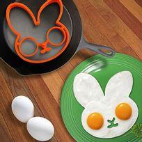 Totalcadeau - Moule pour œuf sur plat en forme de lapin