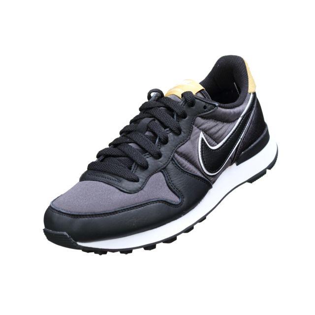 Nike W Internationalist Heat Aq1274 001 Noir pas cher