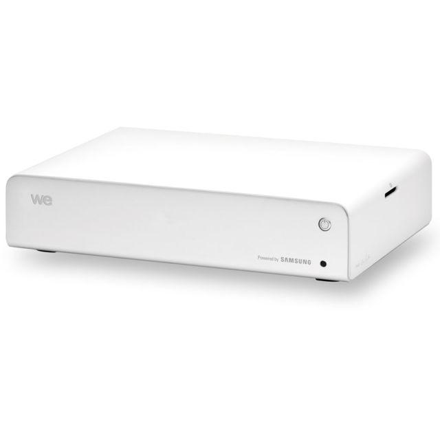 "WE A PARTNER OF SAMSUNG Disque dur multimédia 1000 Go - We Art - Full HD 1080p - H.264 - MKV - Lecteur de carte mémoire - WE-WEART-1000GO We Art, Disque dur Multimédia 3,5"" Capacité : 1000 GoFull HD (H.264, MKV)HDMILecteur de carte mémoire"