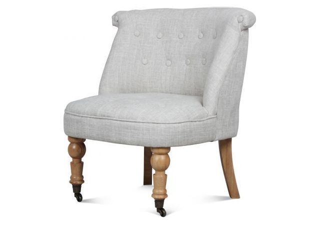 Declikdeco Avec le Fauteuil Crapaud Capitonné A Roulettes Naturel Circe vous offrirez à votre salon un meuble esthétique au style r