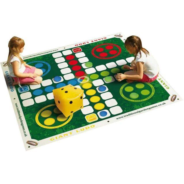 traditional garden games jeu de petits chevaux de jardin. Black Bedroom Furniture Sets. Home Design Ideas