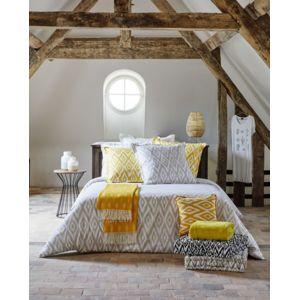destockage tex home parure ikat housse de couette 240x220 cm 2 taies d 39 oreiller 65x65 cm pas. Black Bedroom Furniture Sets. Home Design Ideas