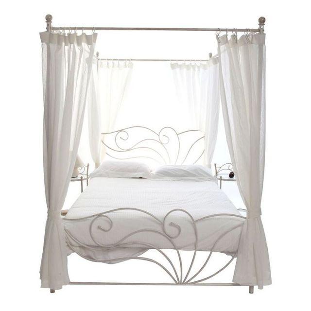miliboo lit baldaquin baroque blanc patin 2 personnes. Black Bedroom Furniture Sets. Home Design Ideas
