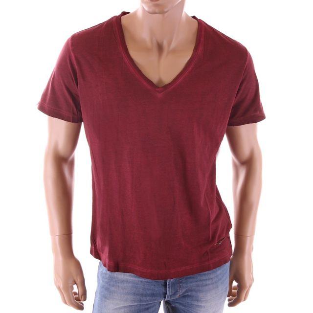 8bb51262fec59 Diesel - T-shirt homme Baraham vintage rouge col V large homme - pas ...