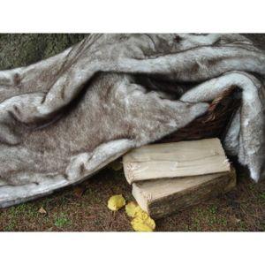comptoir des toiles plaid fausse fourrure beige. Black Bedroom Furniture Sets. Home Design Ideas